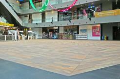 Aperia mall atrium event space