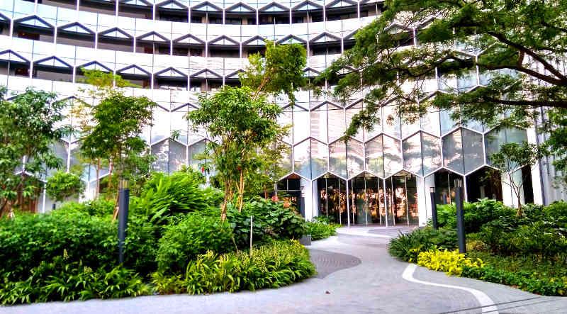 Duo Galleria Exterior